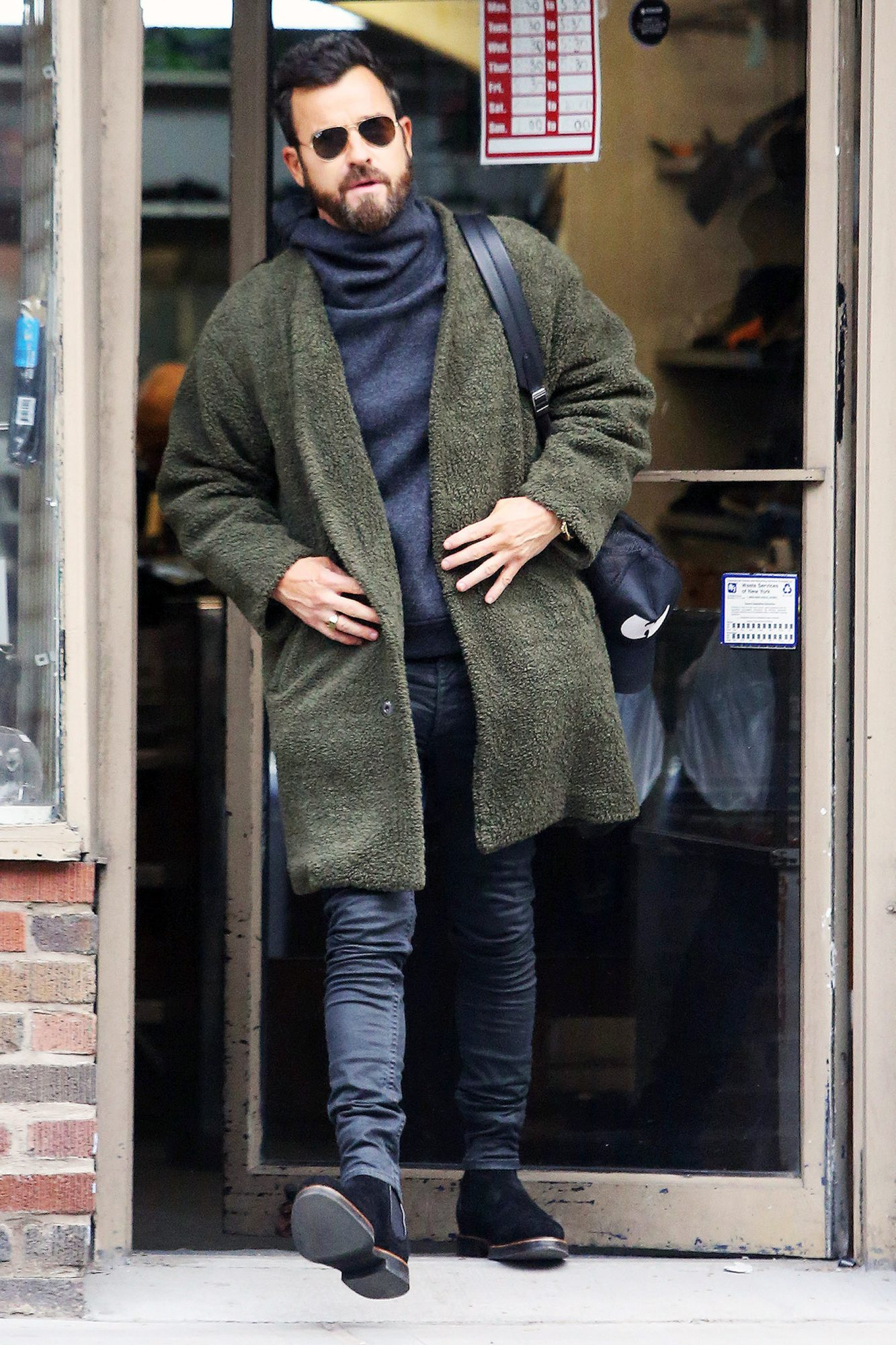 EXCLUSIVE Justin Theroux is Spotted out on a Stroll in New York City after Wishing his Ex, Jennifer Aniston a Happy Birthday.