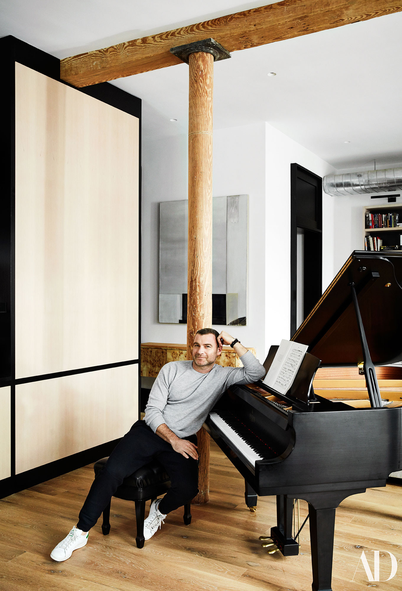 liev-schreiber-new-york-apartment