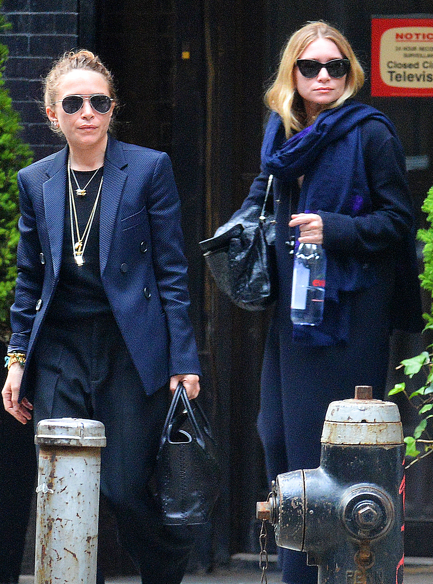 EXCLUSIVE: Mary Kate and Ashley Olsen are Spotted Out and About in New York City