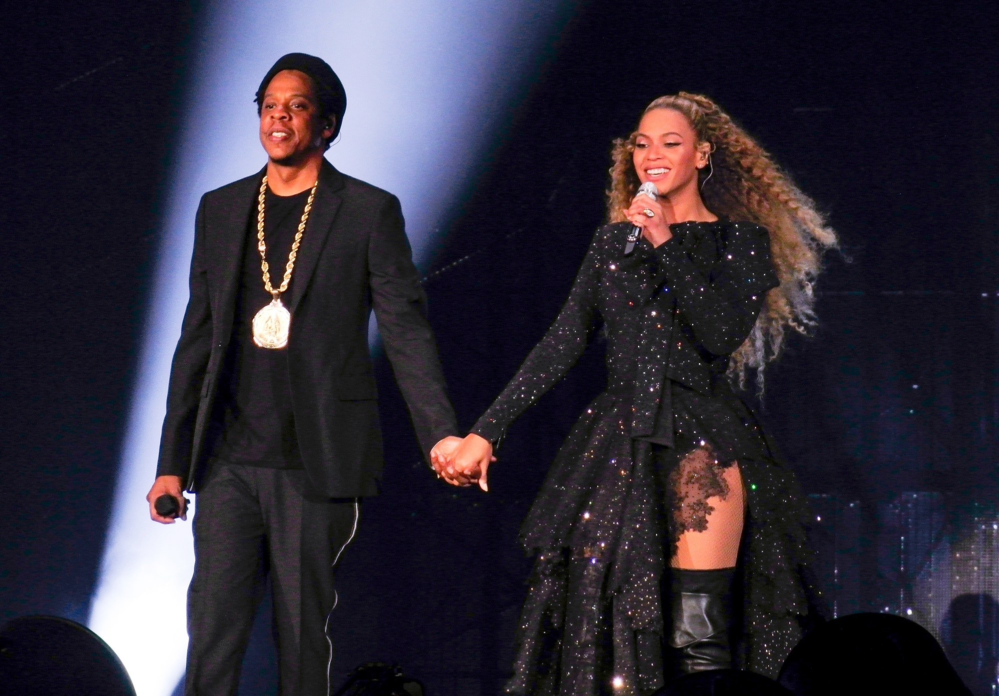 Beyonce and Jay Z open their world tour in Cardiff