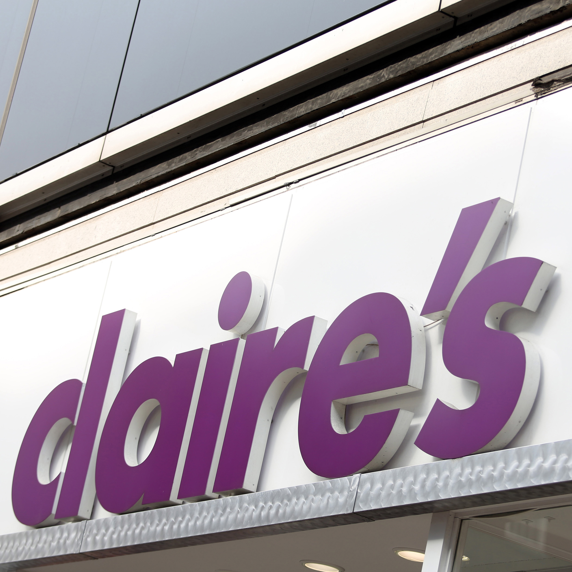 Claire's Accessories Jewelry Stores As Distress Deepens
