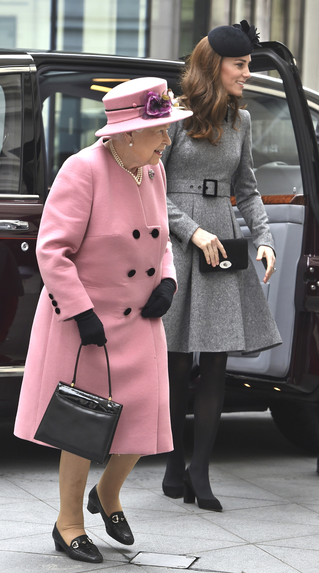 Queen visits King's College London