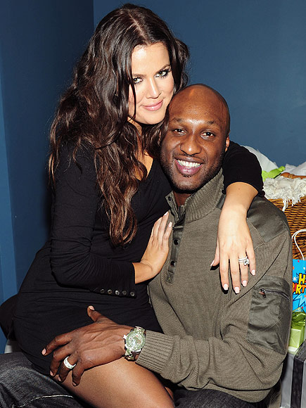 KHLOé AND LAMAR GET ENGAGED