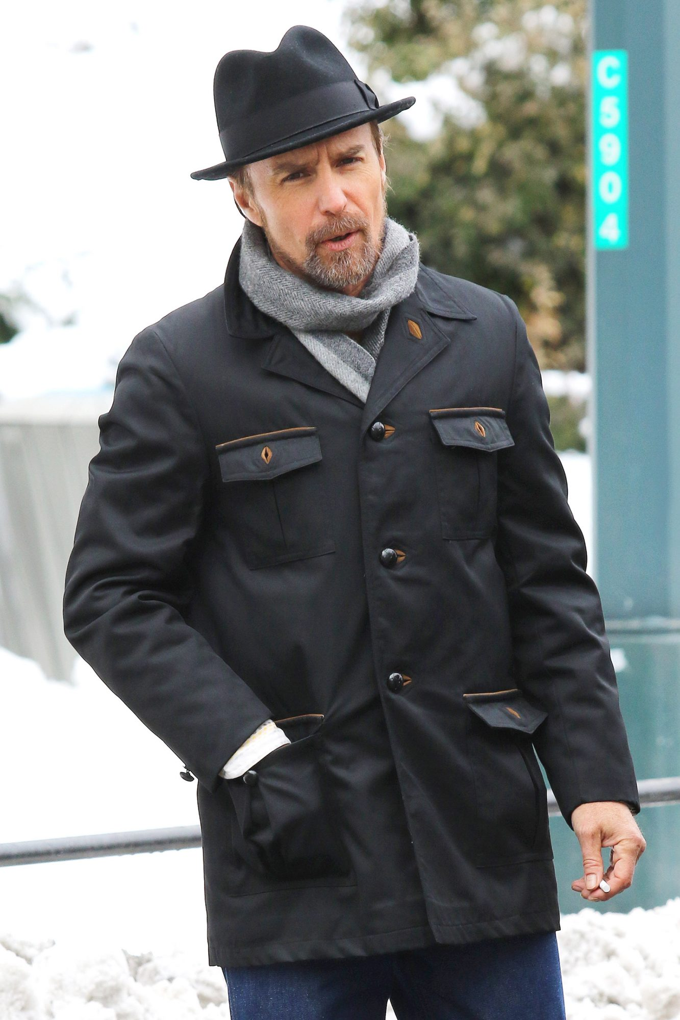 Sam Rockwell Braves The Cold Wintry Weather While Filming FOSSE/VERDON In New York City