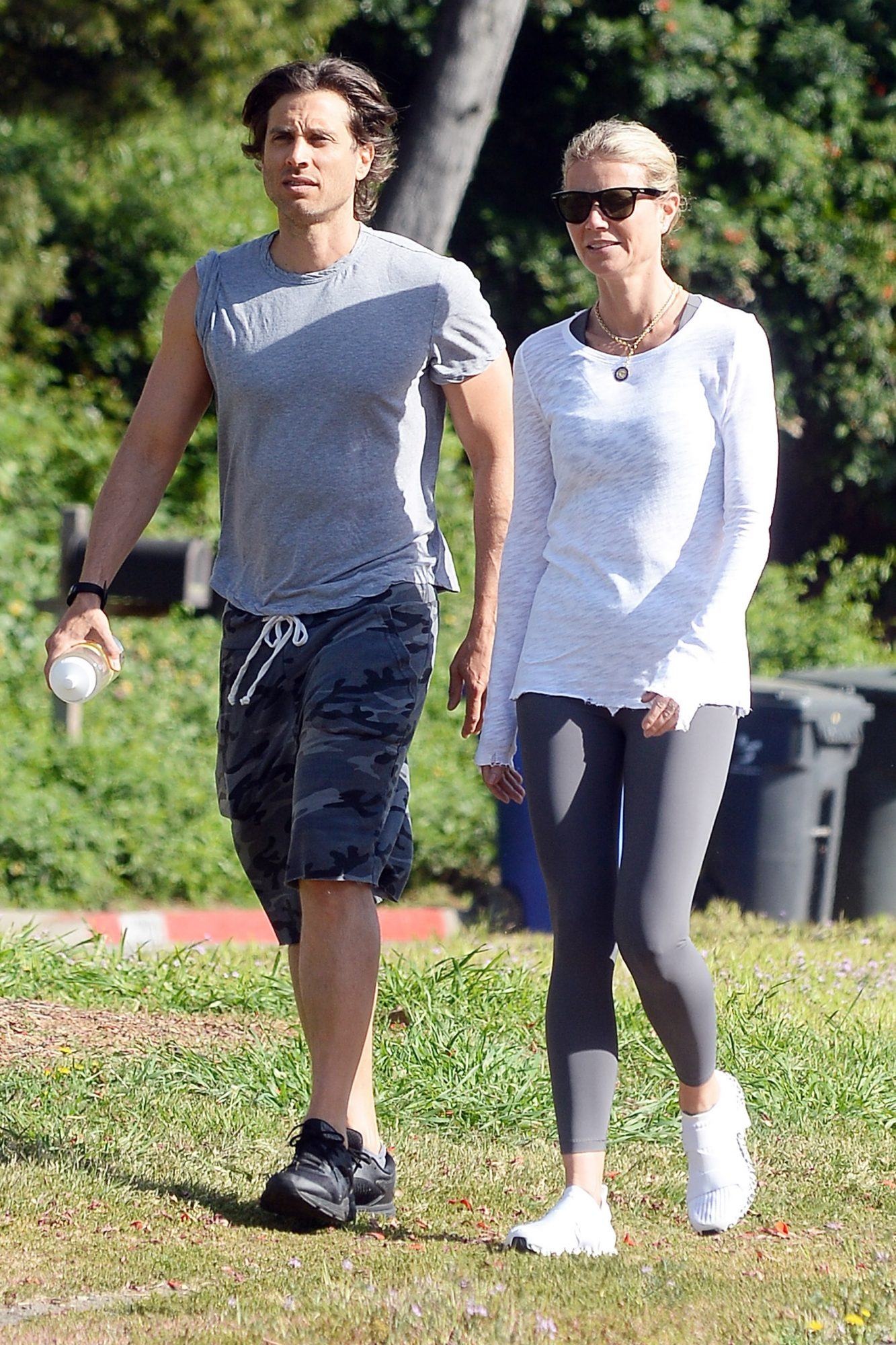 EXCLUSIVE: Gwyneth Paltrow and Brad Falchuk are Spotted on a Hike in Los Angeles.