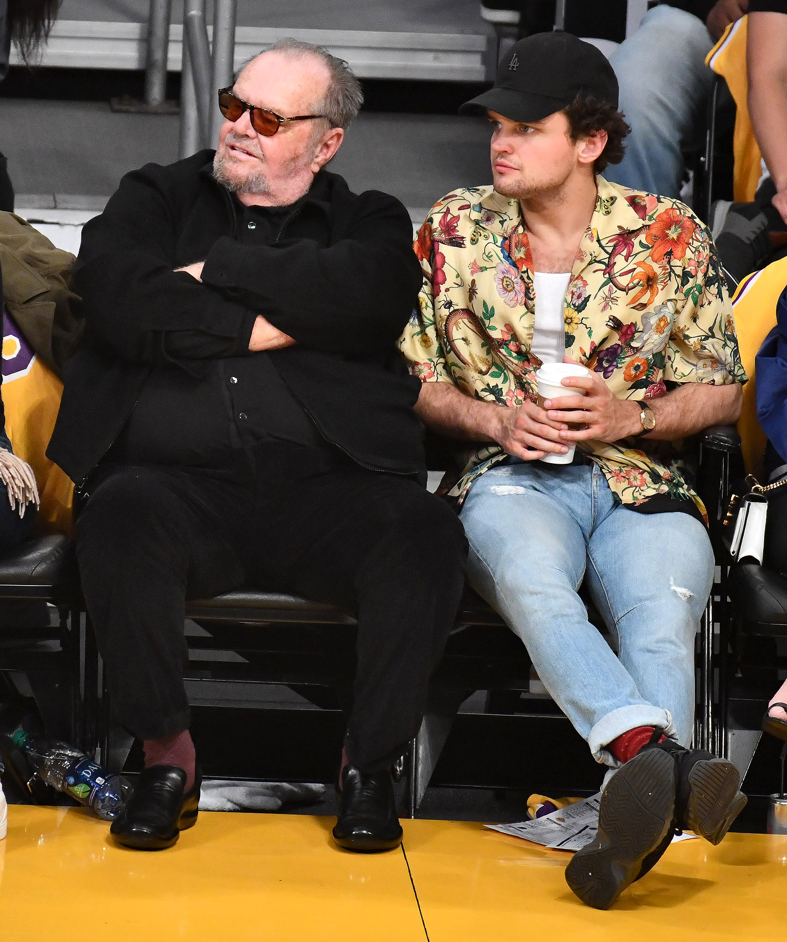 Jack Nicholson Joined By Son Ray As He Watches His Favorite Team Lose People Com The longtime actor, 81, took his nicholson is rarely seen at public events — he was last spotted at a lakers' game in november, again accompanied his i'm mentoring him, sutter said of ray, whose mother is rebecca broussard, 56. https people com movies jack nicholson son ray watch la lakers lose