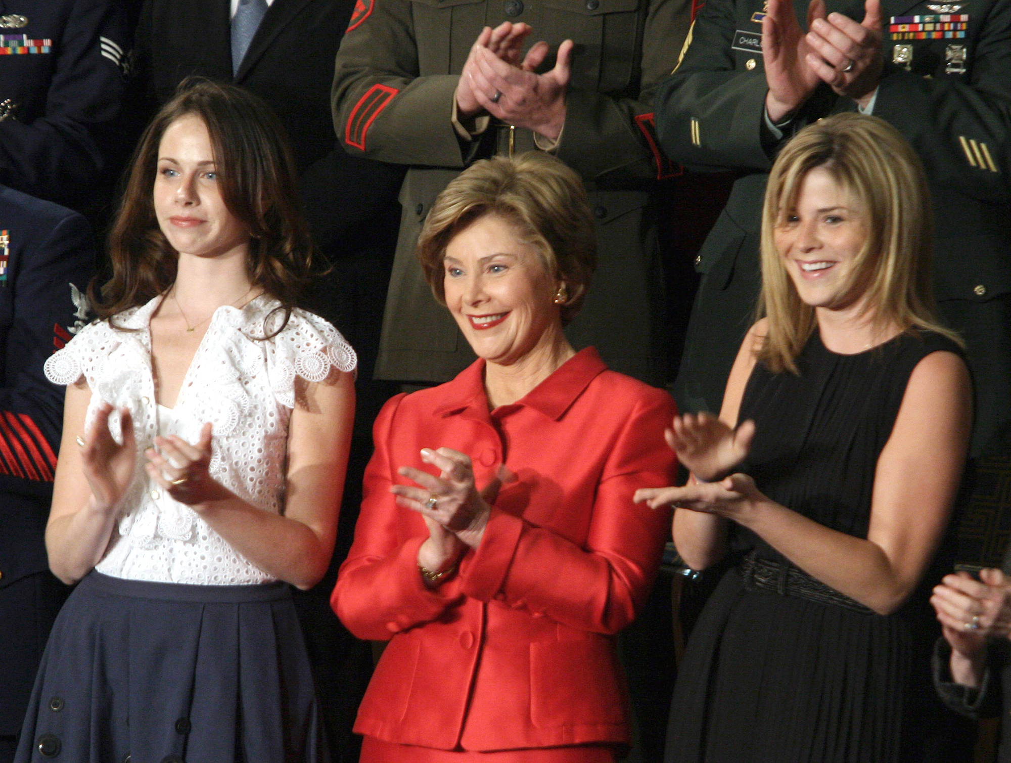 Laura Bush, flanked by her daughters, Barbara and Jenna. George