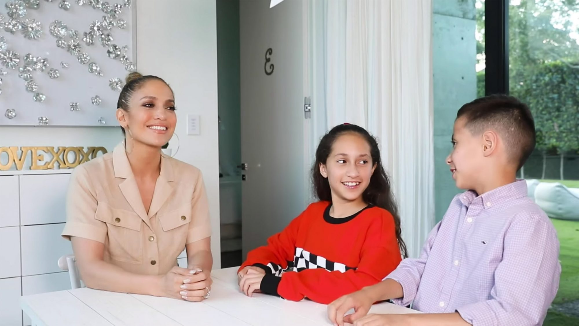 Jennifer Lopez Twin Talk: AMA with Emme and Max