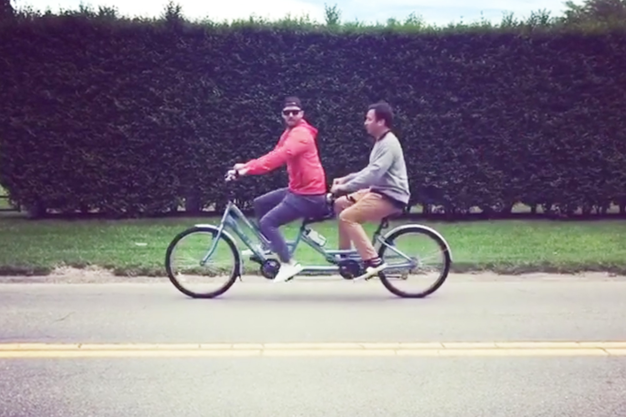 When Justin Timberlake & Jimmy Fallon Rode a Tandem Bike in the Hamptons