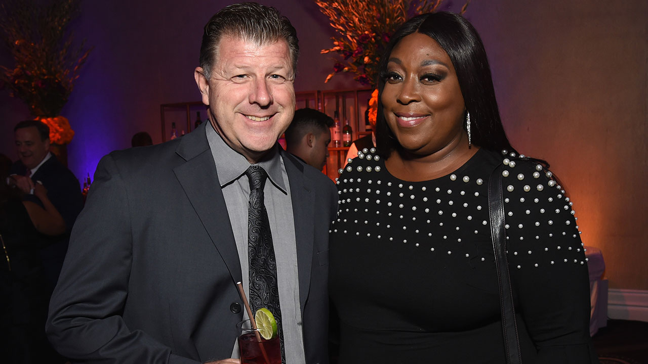 Loni Love Doesn't Care About the Racial Difference in Her Relationship: 'I Just Like Him'