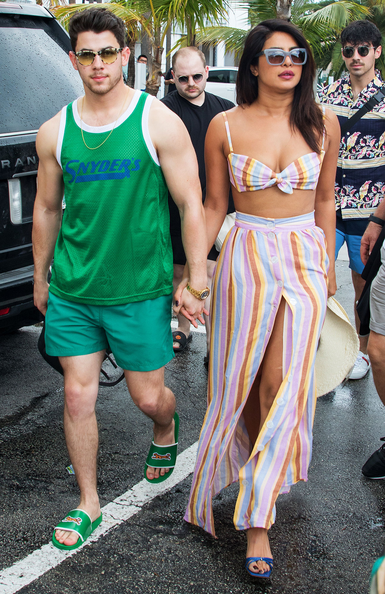 The Jonas brothers head out for a boat ride with Sophie Turner and Priyanka Chopra