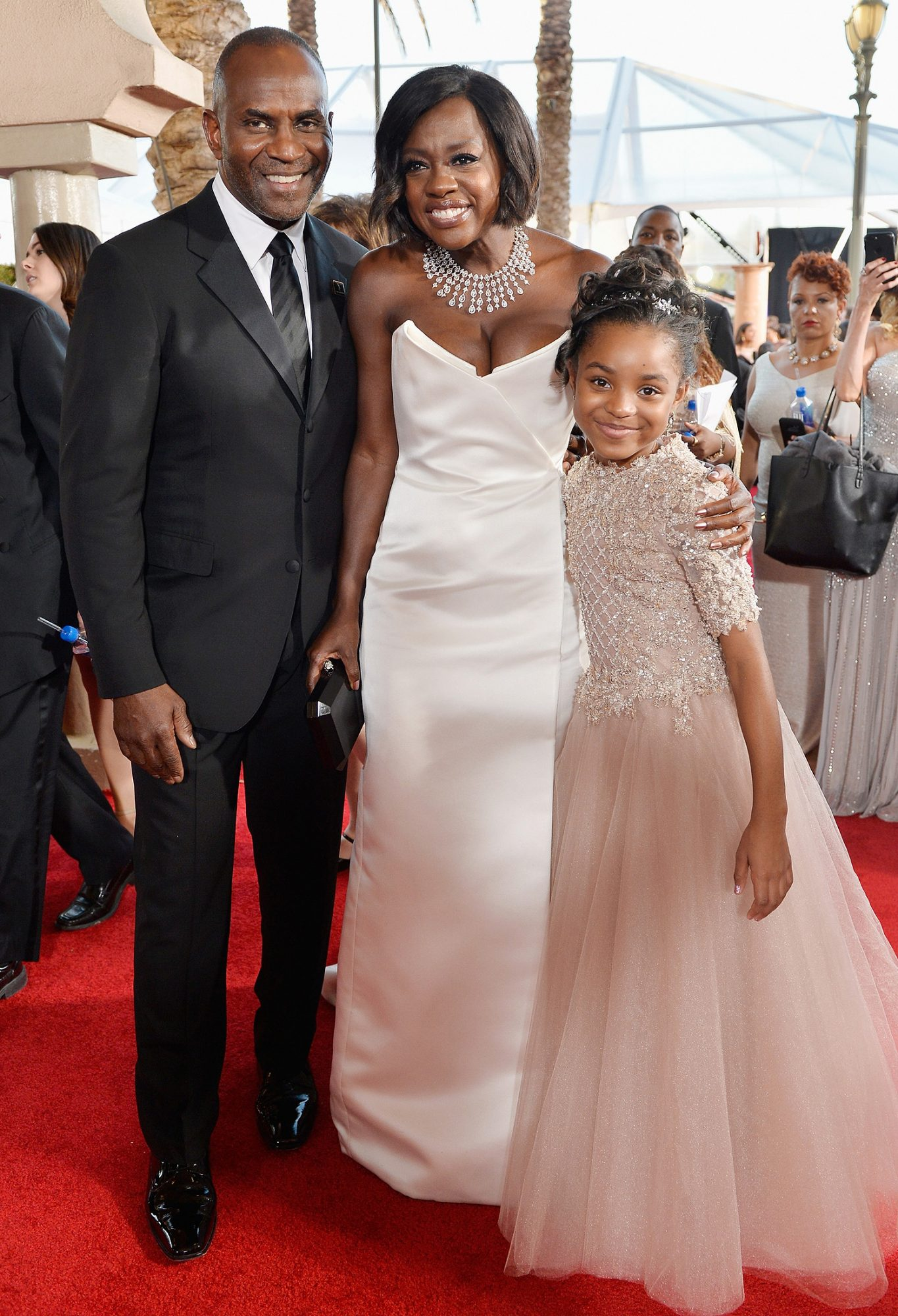 LOS ANGELES, CA - JANUARY 29: Actors Julius Tennon (L), Viola Davis and their daughter Genesis attend The 23rd Annual Screen Actors Guild Awards at The Shrine Auditorium on January 29, 2017 in Los Angeles, California. 26592_013 (Photo by Stefanie Keenan/Getty Images for TNT)