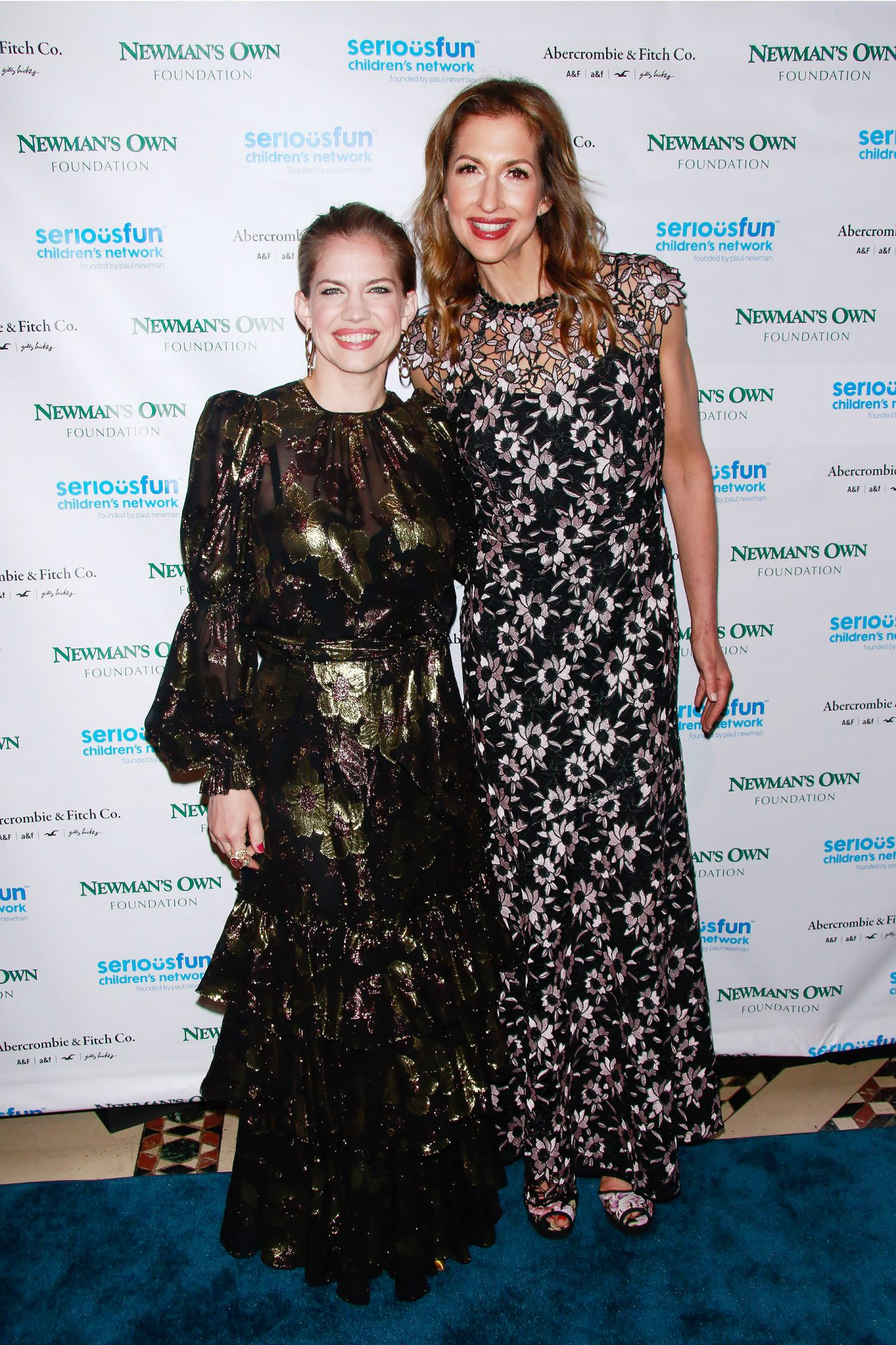 Anna Chlumsky and Alysia Reiner