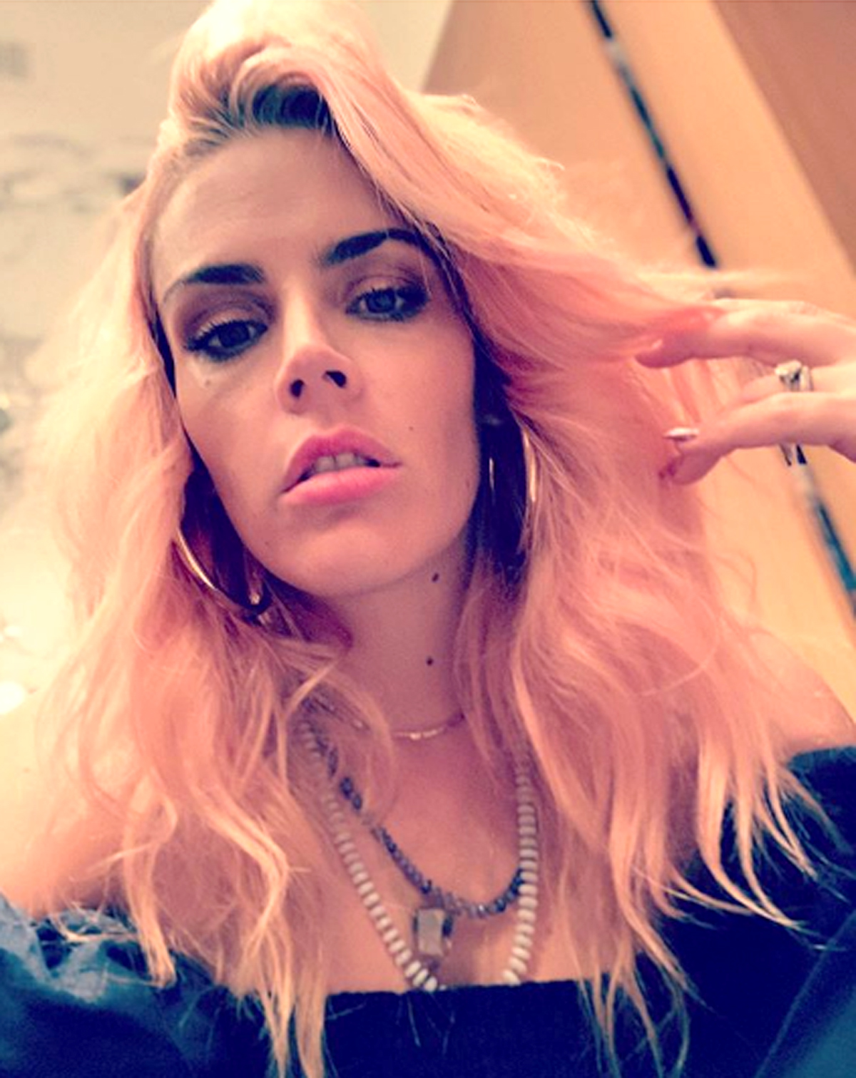 busy-philipps-1-1200