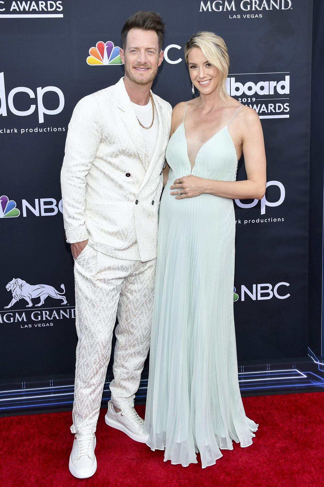 Tyler Hubbard of Florida Georgia Line and Hayley Stommel attend the 2019 Billboard Music Awards at MGM Grand Garden Arena on May 1, 2019 in Las Vegas, Nevada. (Photo by John Shearer/Getty Images for dcp)
