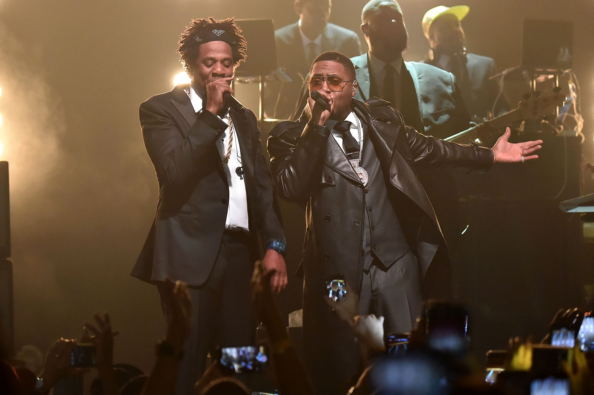 JAY-Z and Nas perform B-Sides