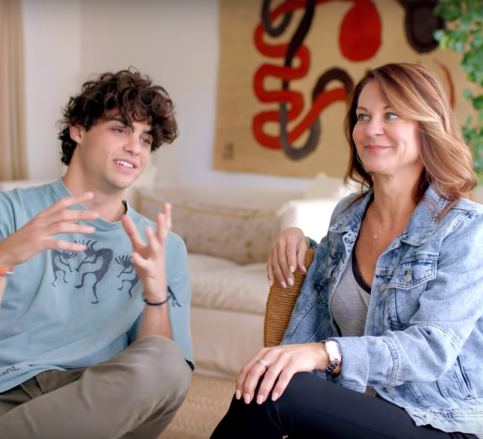 noah centineo and his mom