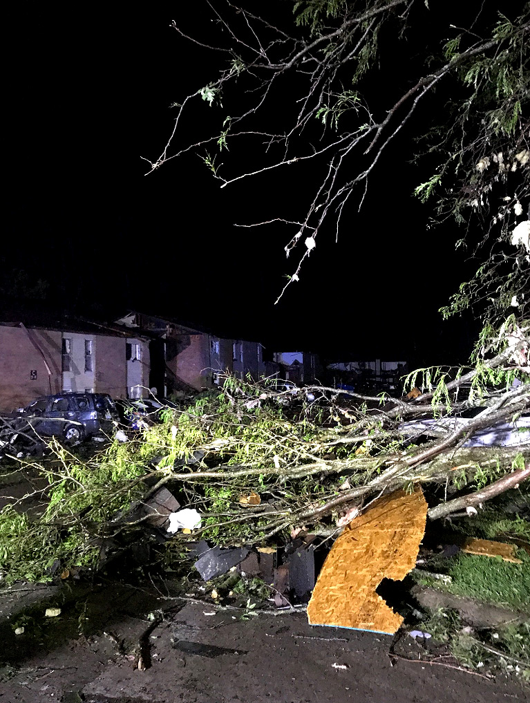 'Violent' and 'Extremely Dangerous' Tornado Hits Missouri