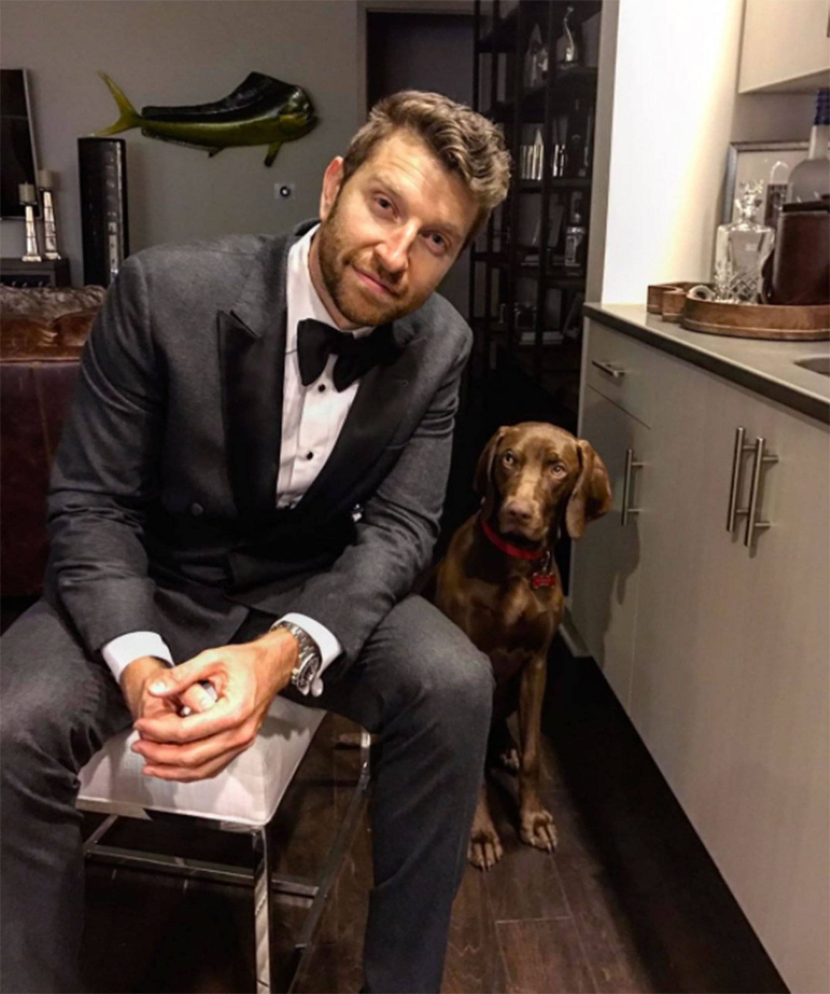 hot-guys-with-dogs-7