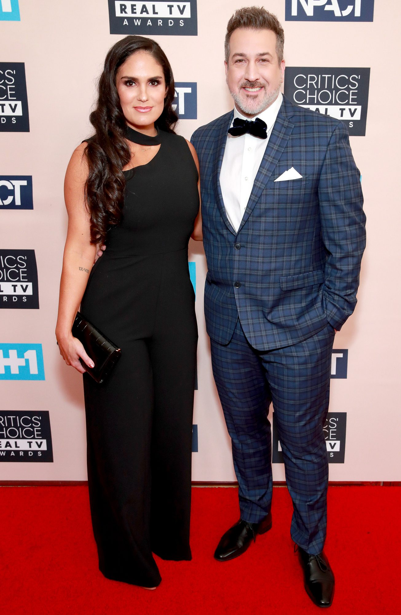 Izabel Araujo and Joey Fatone