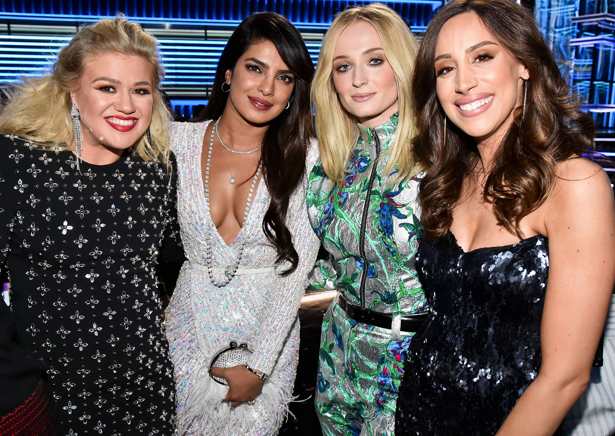 Kelly Clarkson, Priyanka Chopra, Sophie Turner, and Danielle Jonas