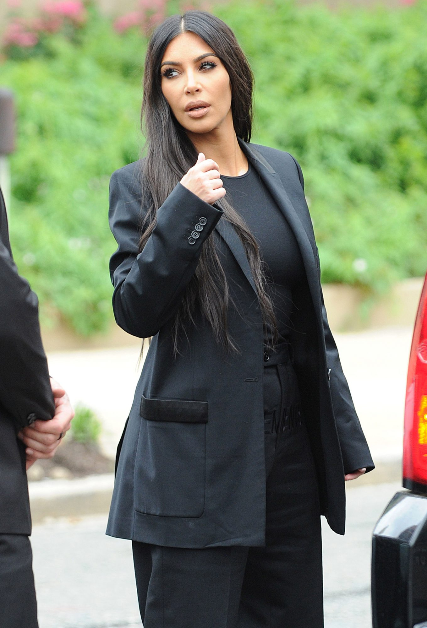 Kim Kardashian arrived at the White House for a meeting with President Trump to discuss prison reform and Alice Marie Johnson