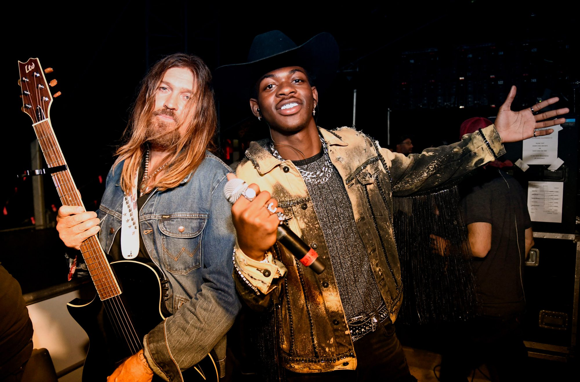 Billy Ray Cyrus (L) and Lil Nas X