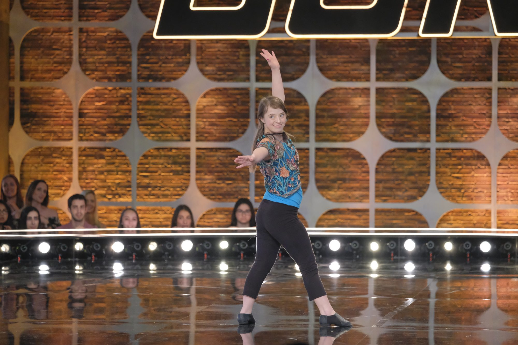 SYTYCD-S16_Auditions-032319-AR_0796_f
