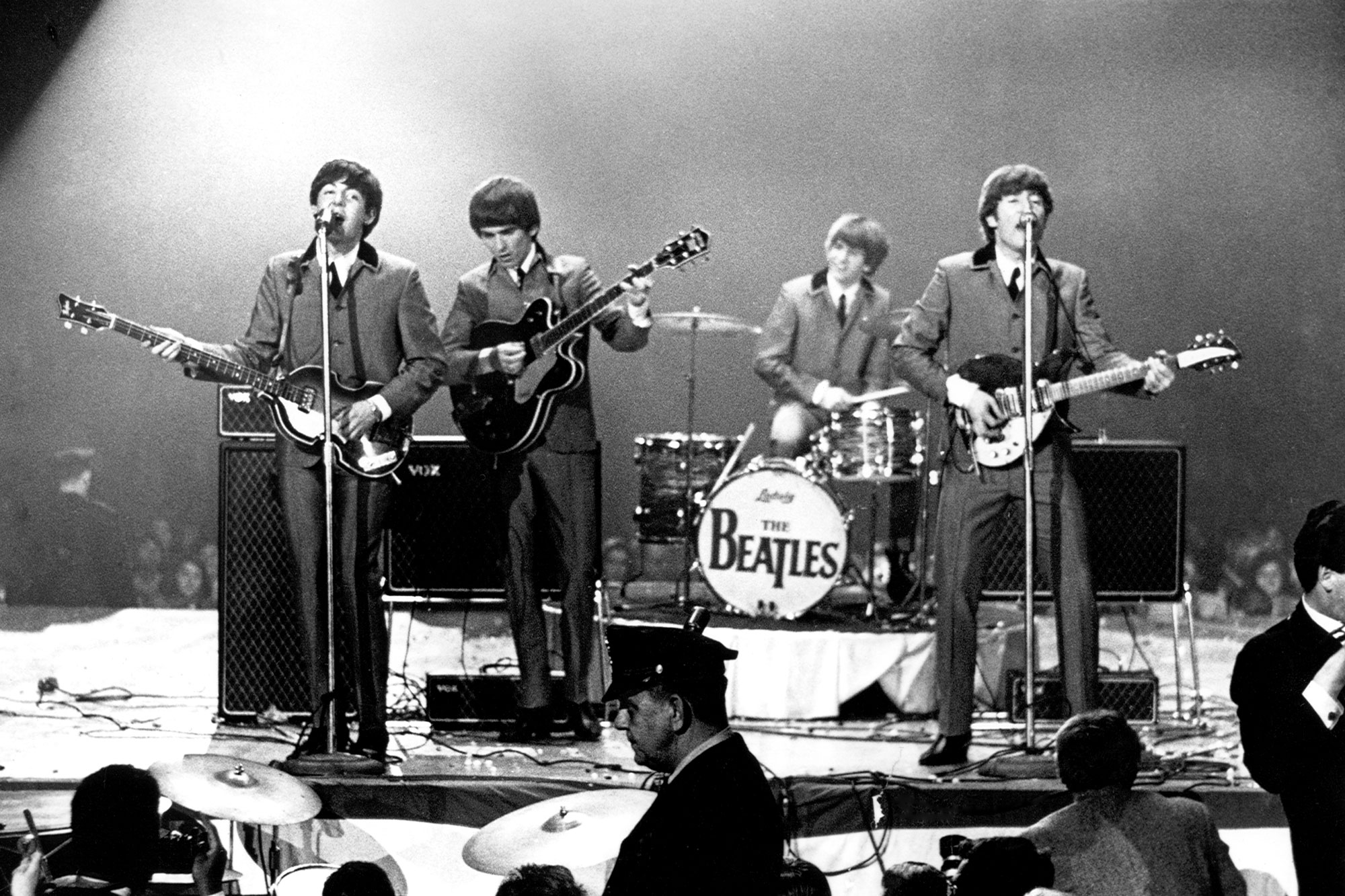 the-beatles-2-2000