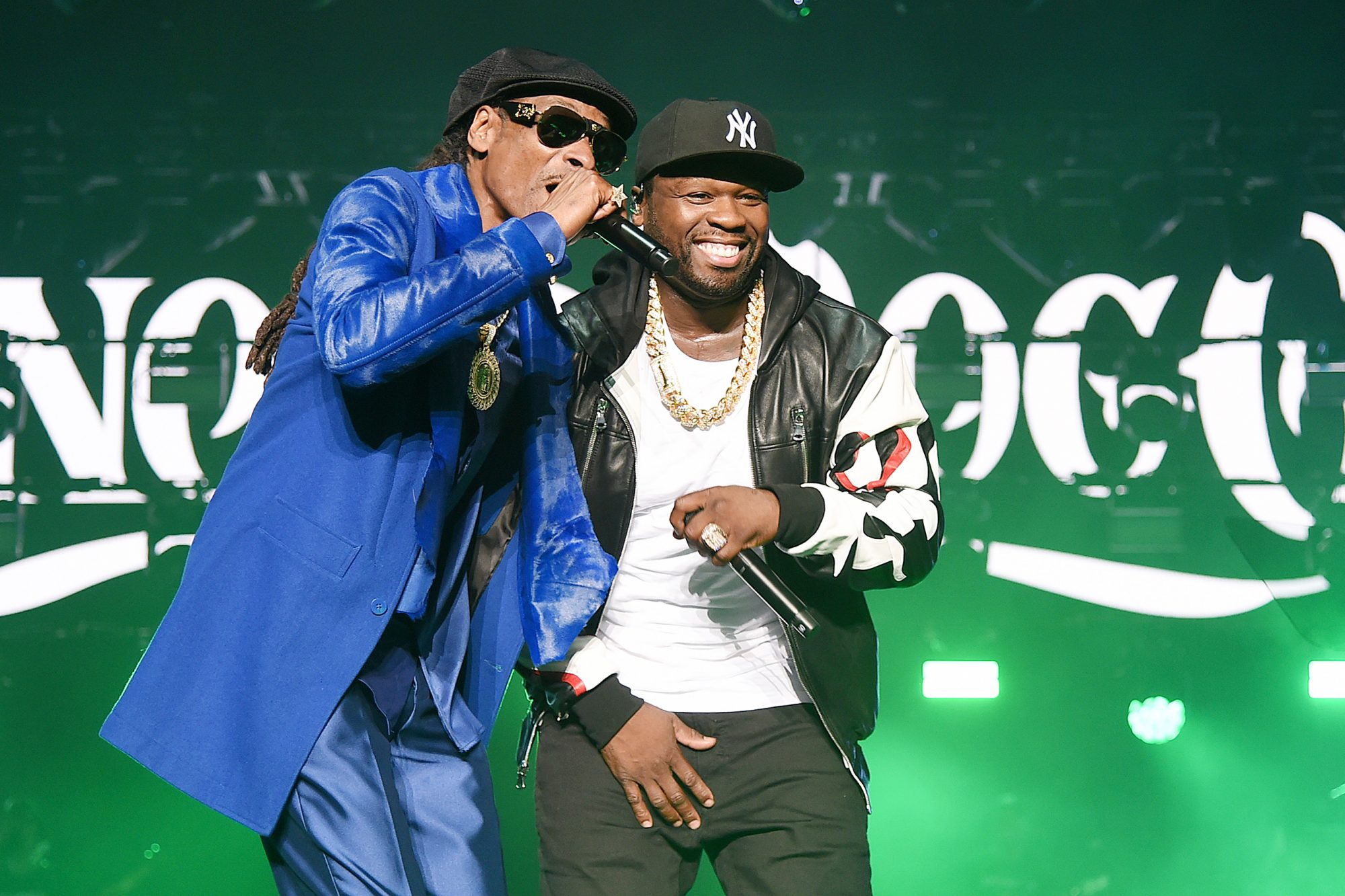 """Snoop Dogg (L) and Curtis """"50 Cent"""" Jackson"""
