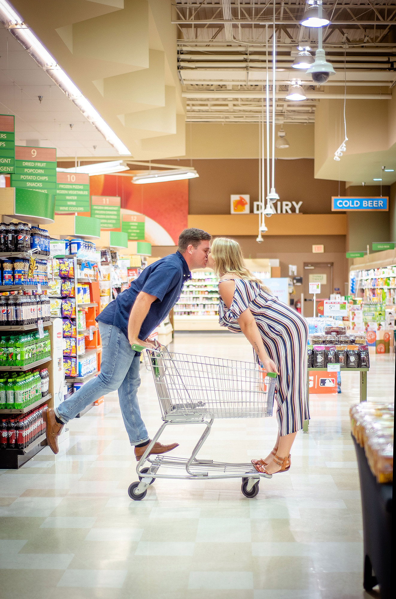 Alexandra Darch and Dylan Smith took their engagement photos at a Publix.