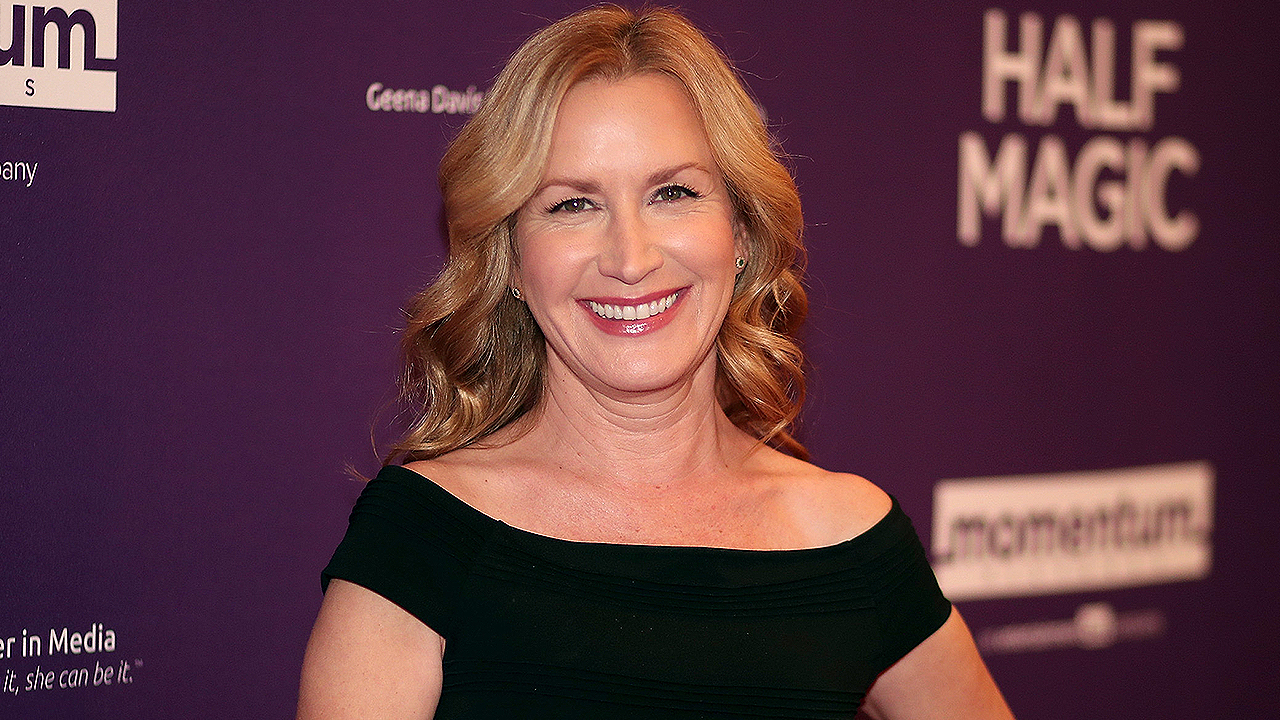 'Office' Star Angela Kinsey Is a Real-Life Cat Mom!