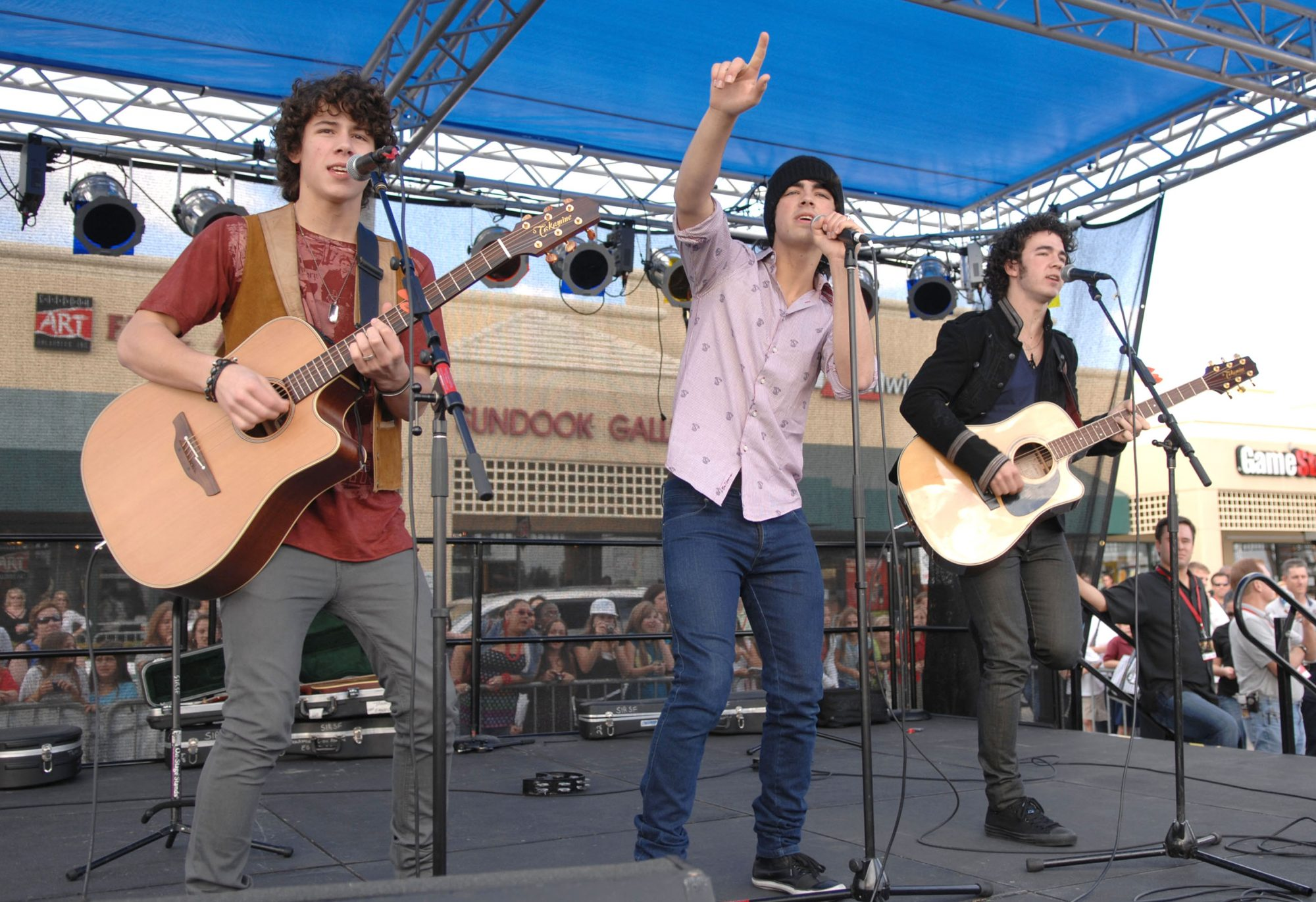 Jonas Brothers Appearance At Boca Raton Mall