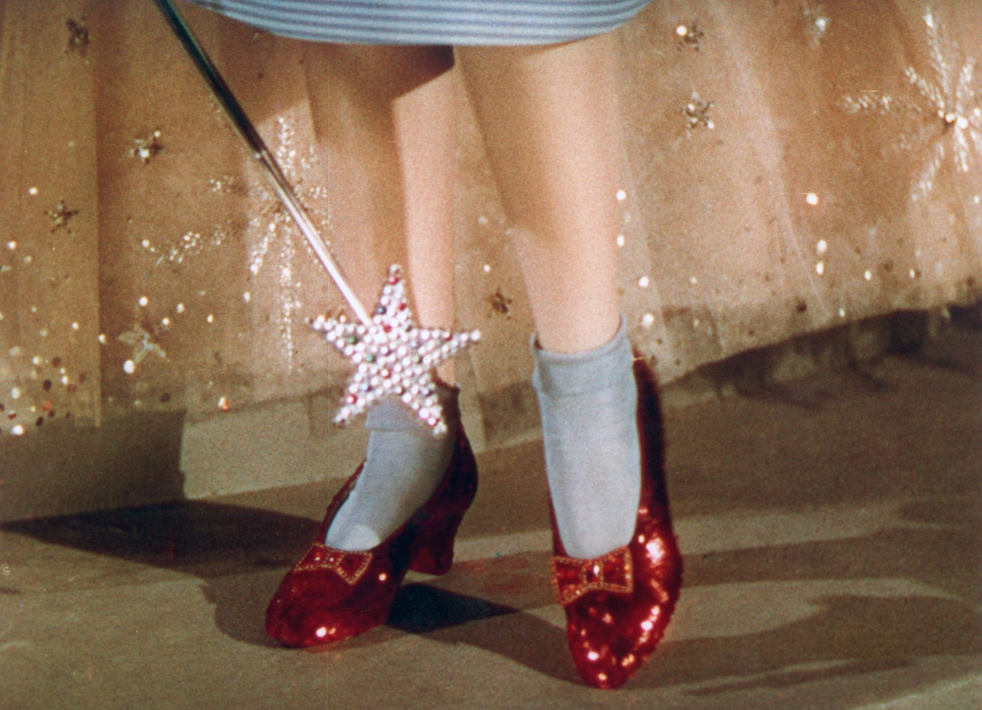 THE WIZARD OF OZ, Dorothy's ruby slippers, 1939