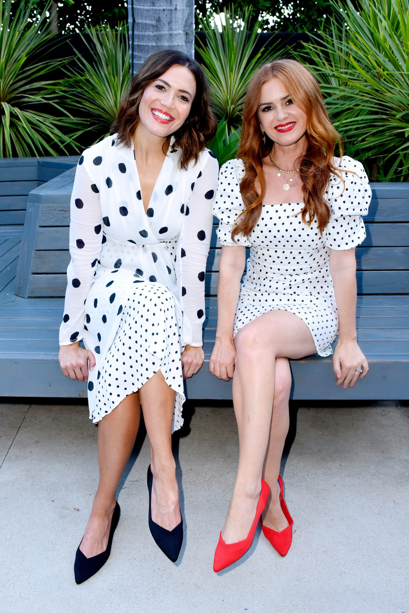 Mandy Moore and Isla Fisher