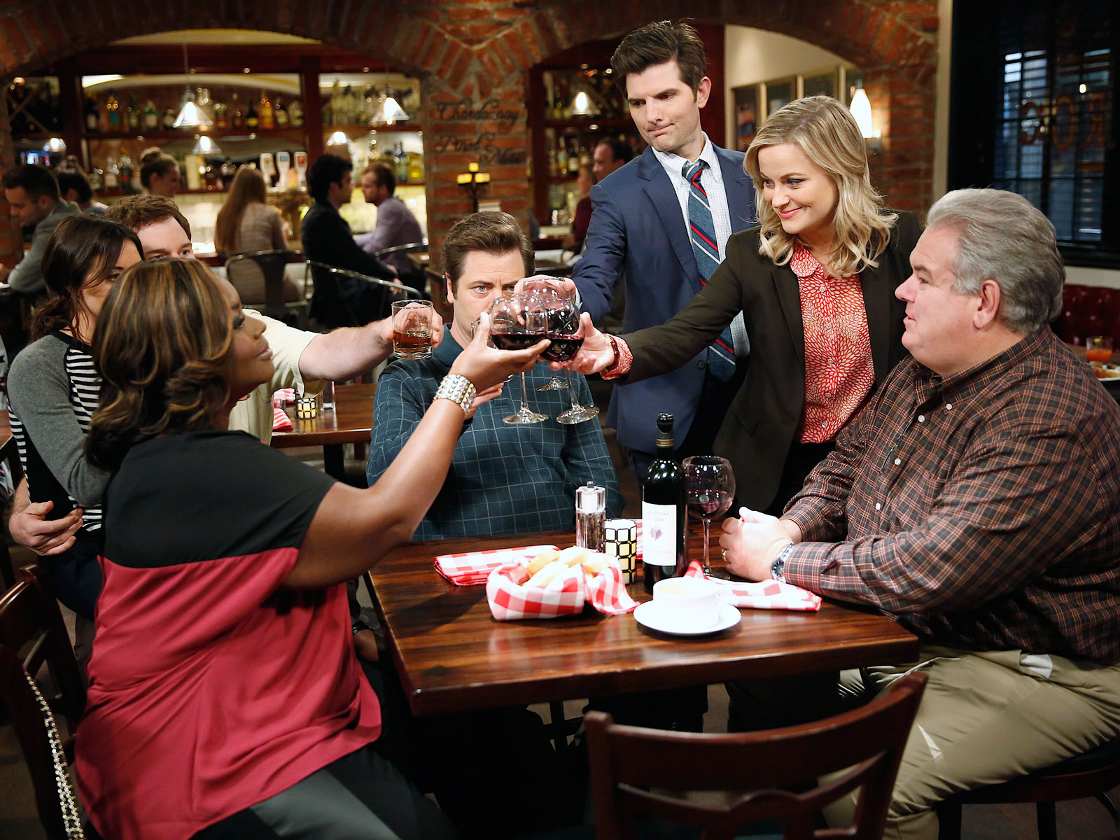 "PARKS AND RECREATION -- ""Viva Gunderson!"" Episode 711 -- Pictured: (l-r) Aubrey Plaza as April Ludgate, Retta as Donna Meagle, Nick Offerman as Ron Swanson, Adam Scott as Ben Wyatt, Amy Poehler as Leslie Knope, Jim O'Heir as Jerry Gergich"