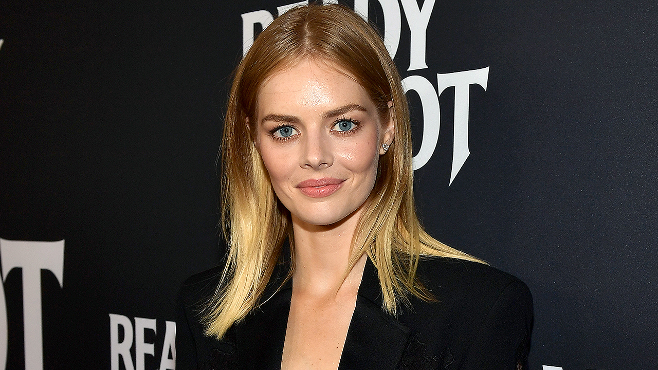 Did Samara Weaving Discuss 'Matrix 4' with Keanu Reeves While Filming 'Bill & Ted'?