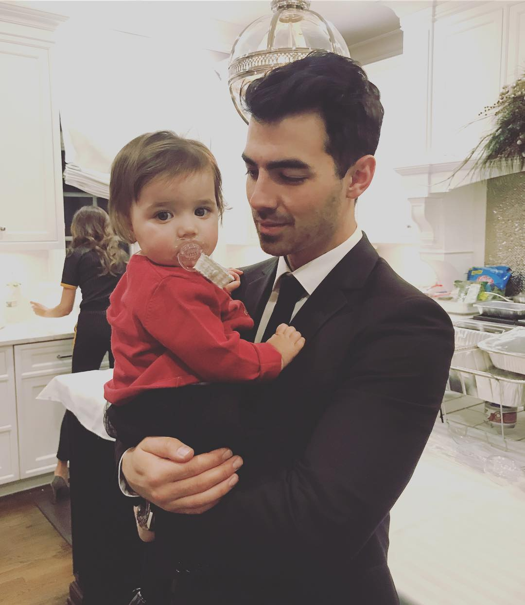 Jonas Brothers Cute Uncle Photos