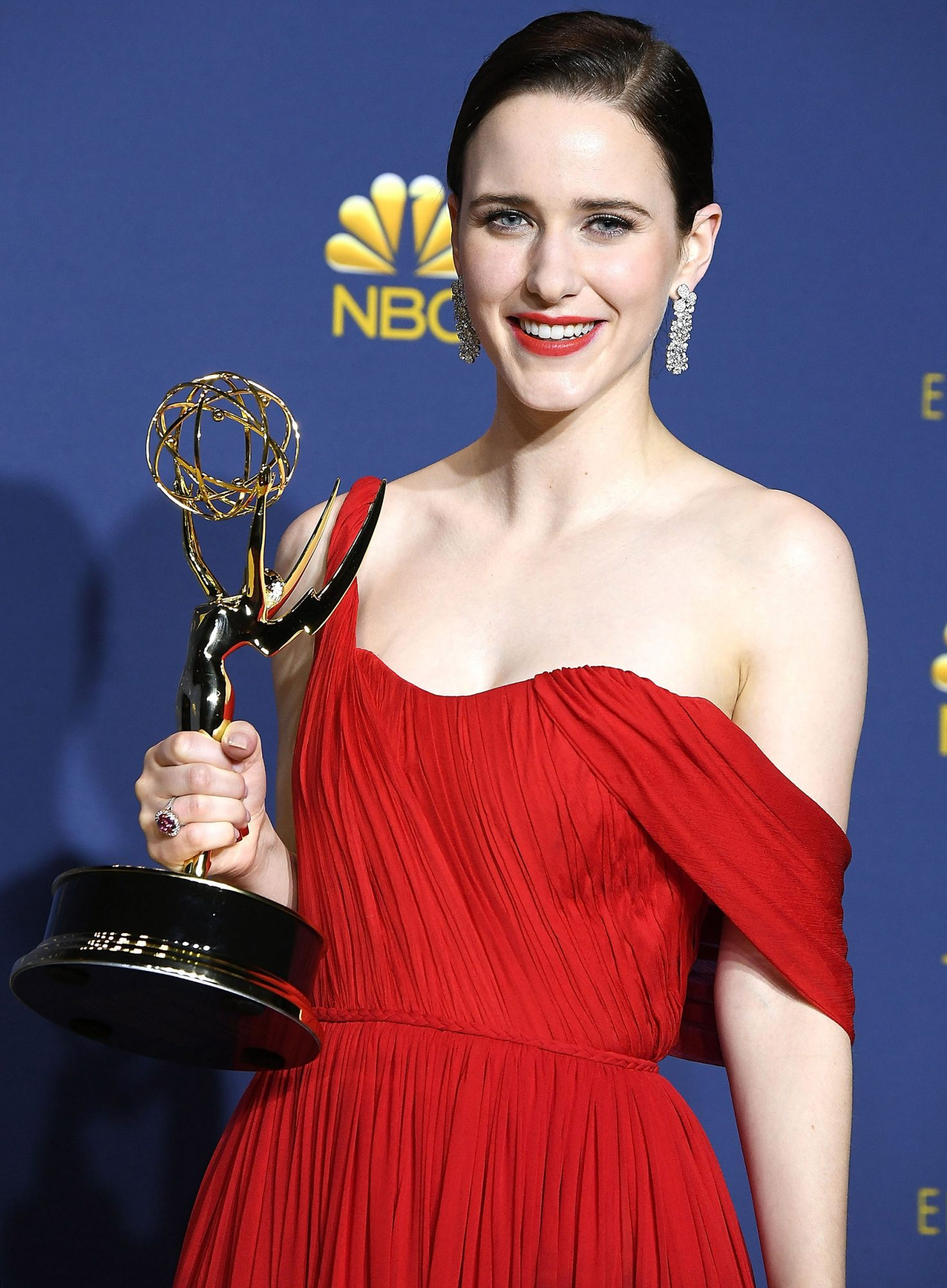 Rachel Brosnahan Keeps Her Emmy on Her Toilet