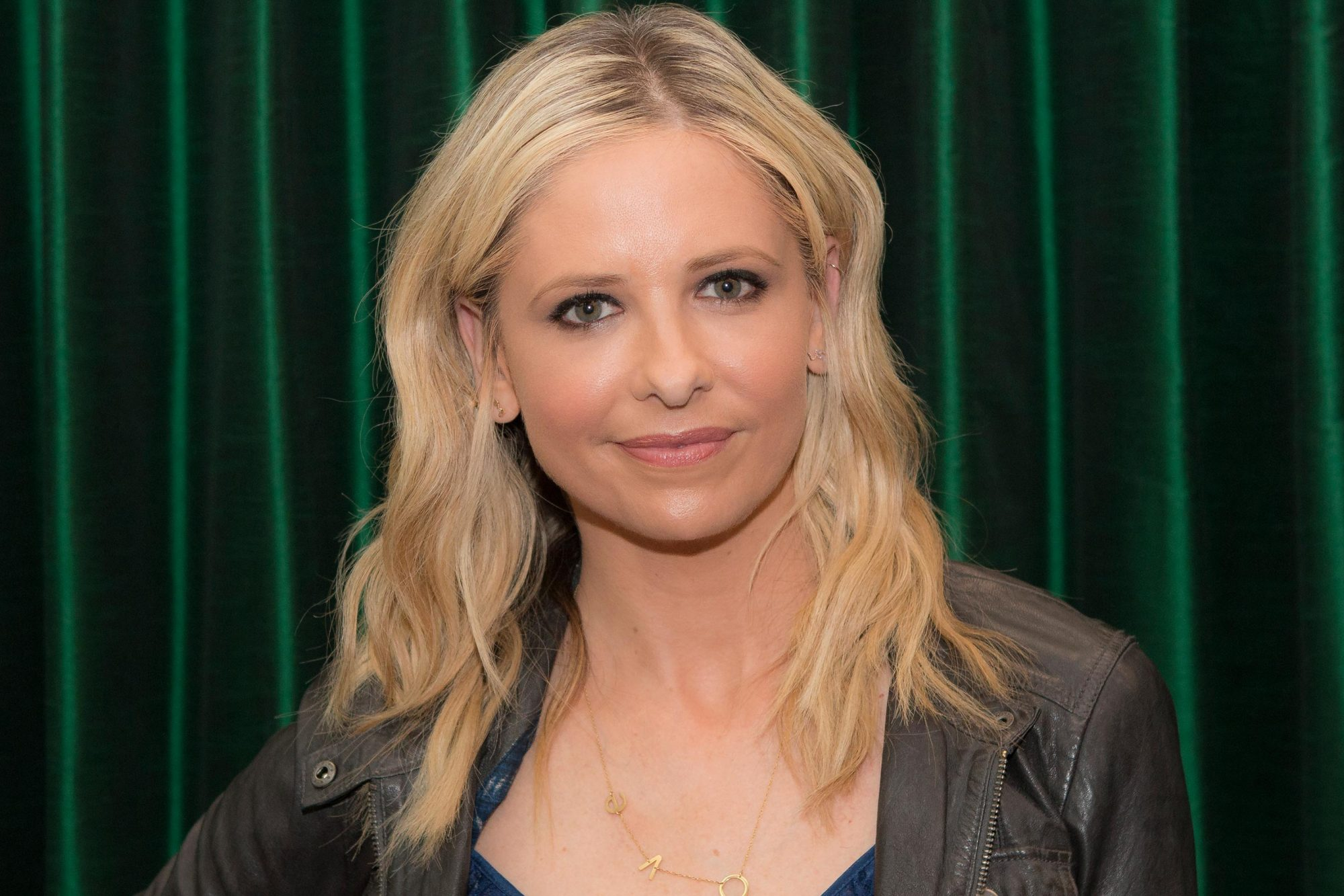 "Sarah Michelle Gellar Book Signing For ""Stirring Up Fun With Food: Over 115 Simple, Delicious Ways To Be Creative In The Kitchen"""