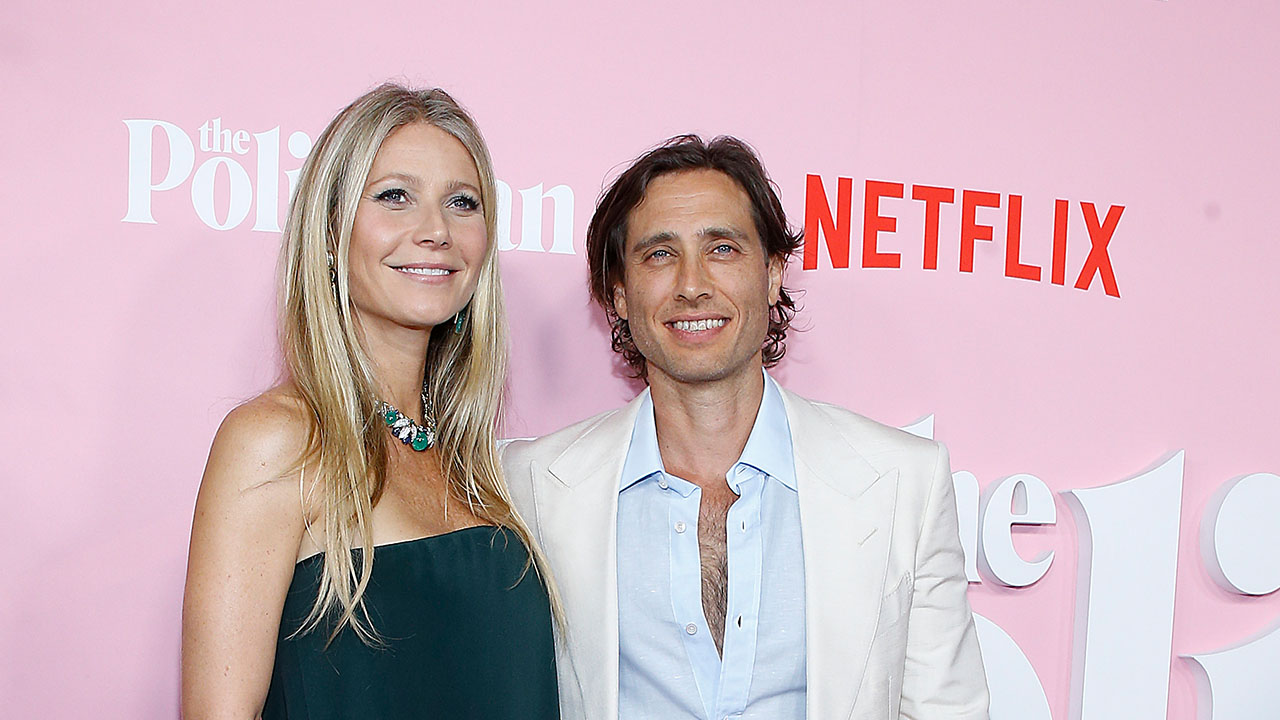 Gwyneth Paltrow's Hubby Brad Falchuk Says Life Was the Same on Set as at Home: 'She's the Best'