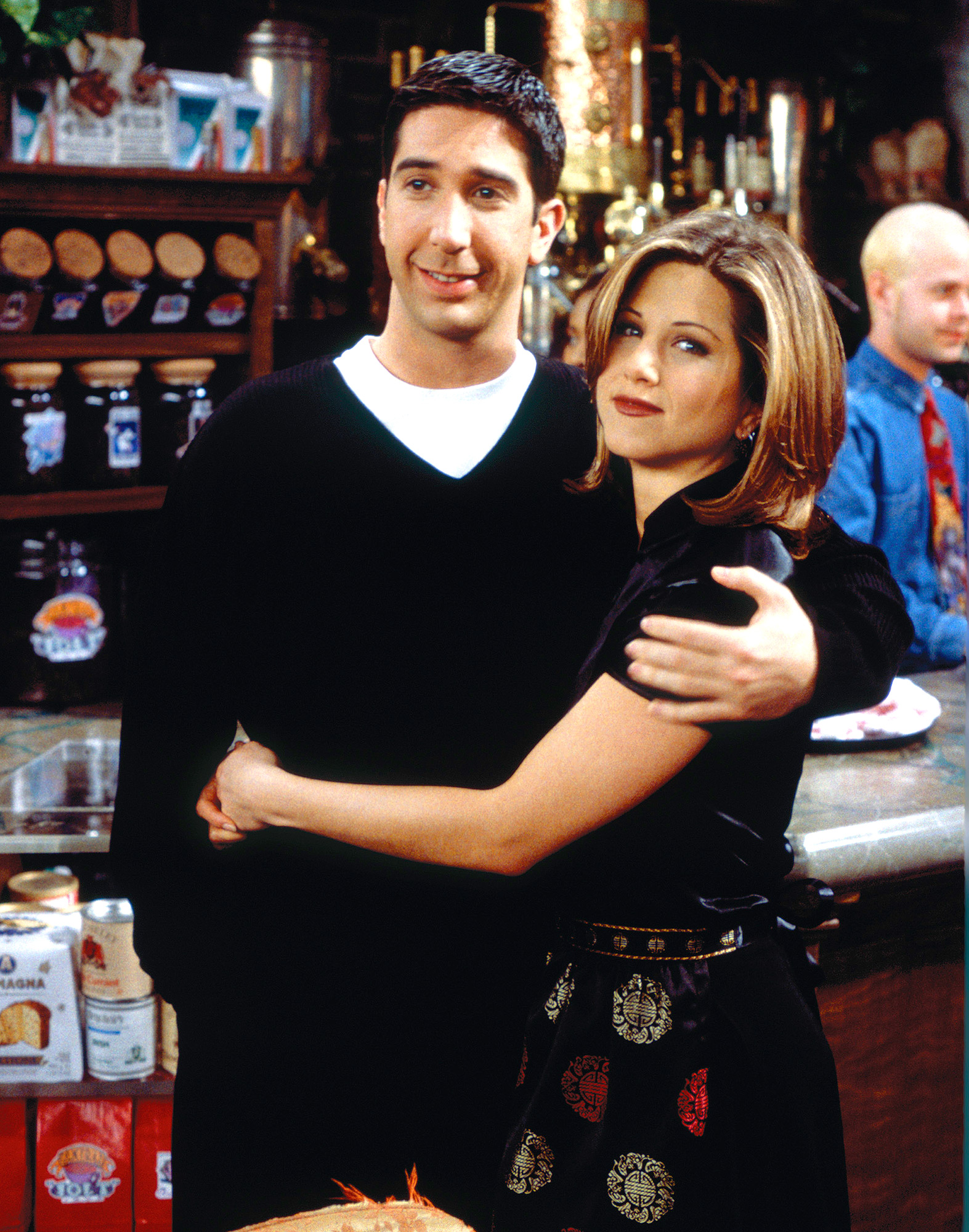 ROSS & RACHEL, FRIENDS: 236 EPISODES