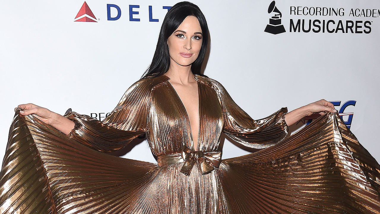 Inside Kacey Musgraves' 'Retro and Modern' Fashion Style
