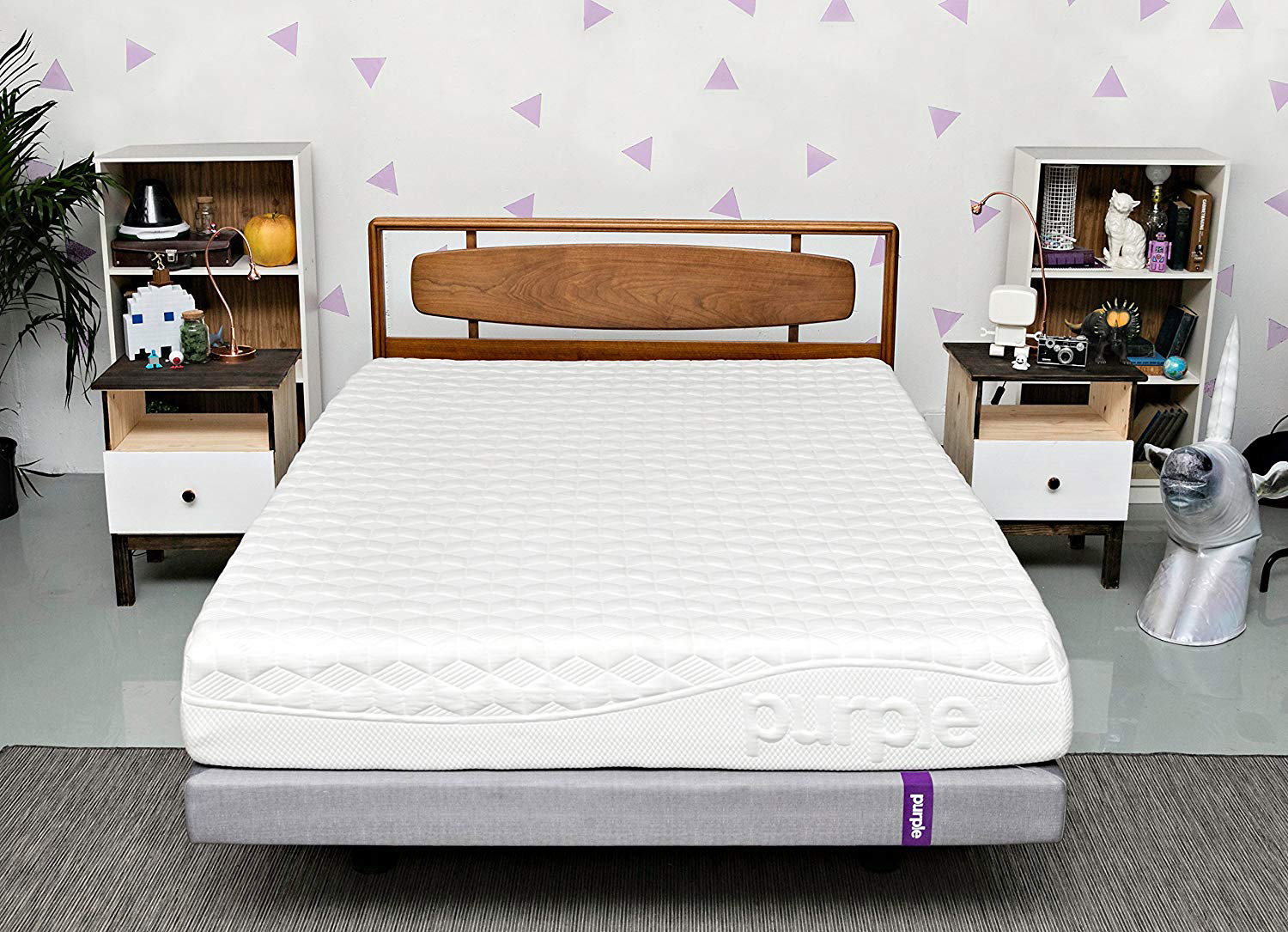 White patterned memory foam mattress