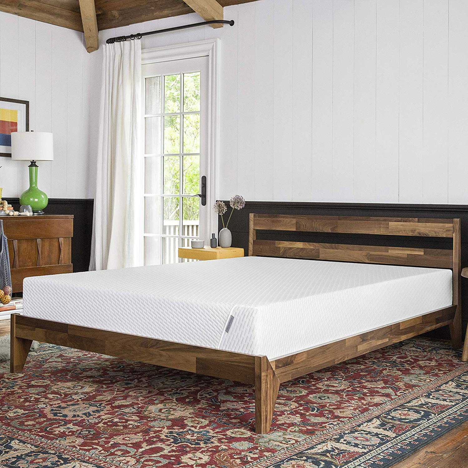 White quilted adaptive foam mattress