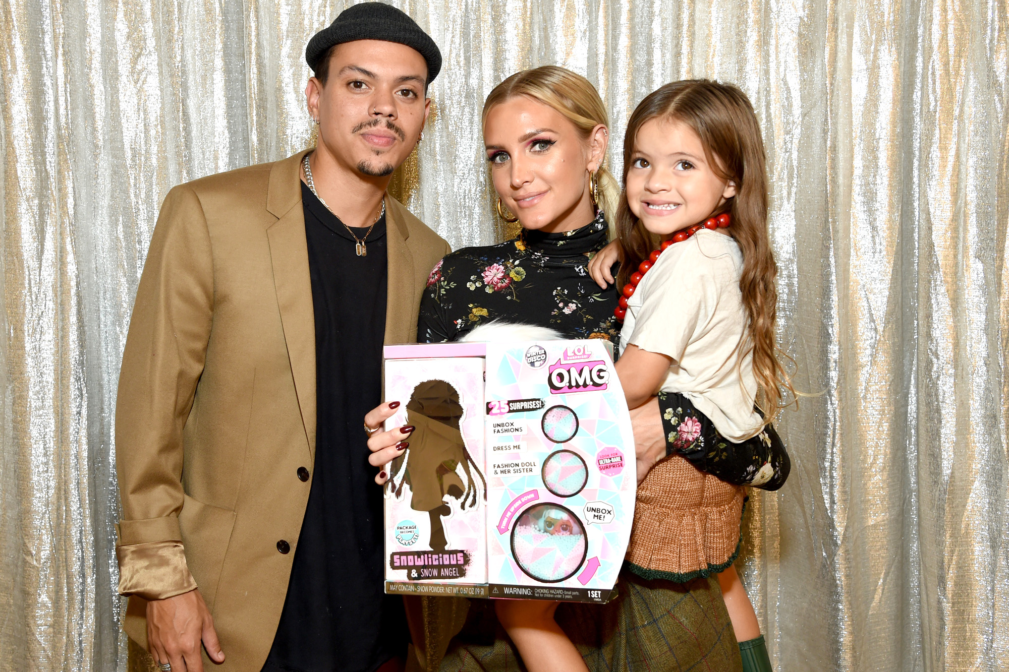 Evan Ross, Jagger Snow Ross, and Ashlee Simpson