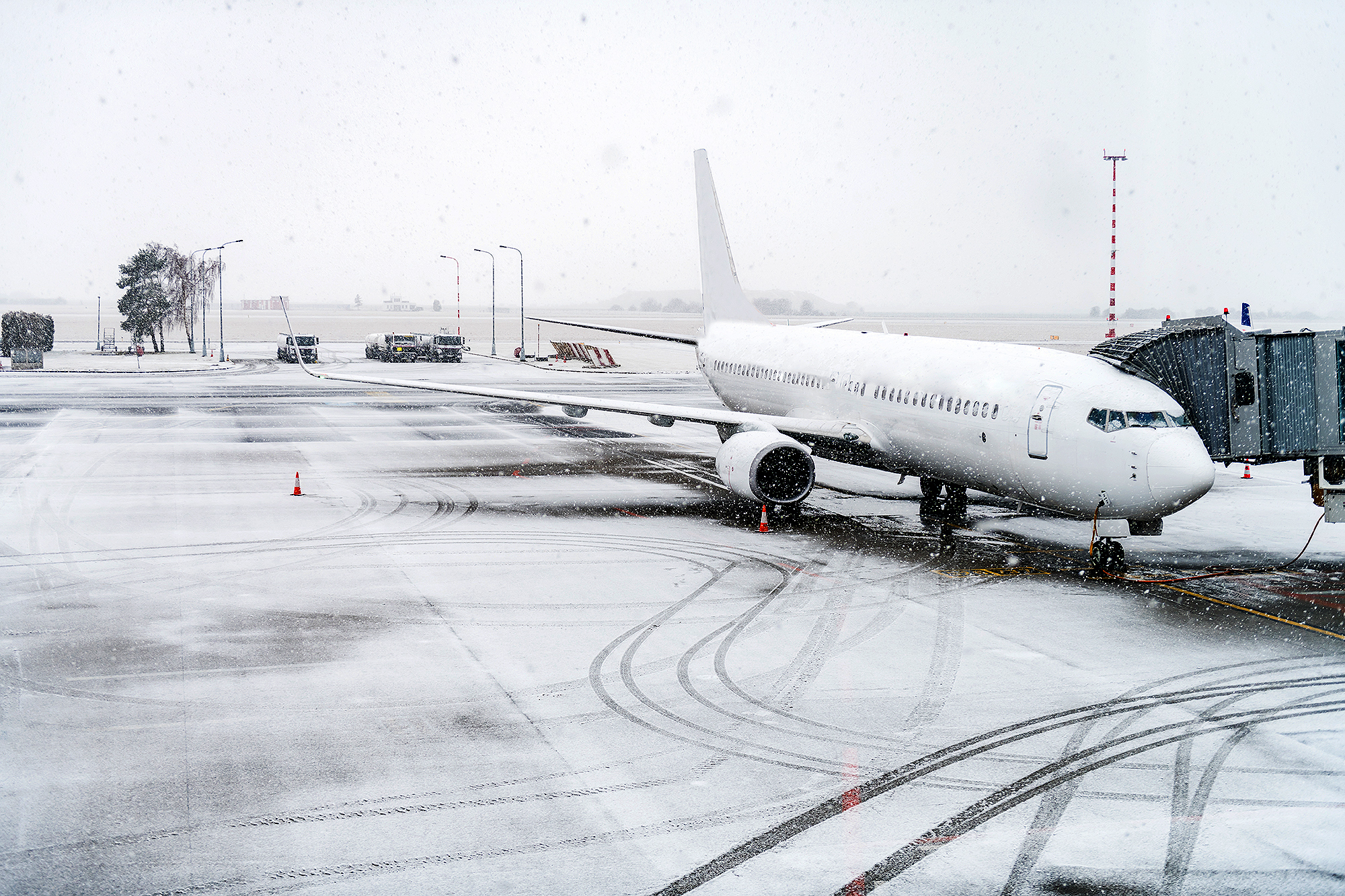 airplane during snowstorm