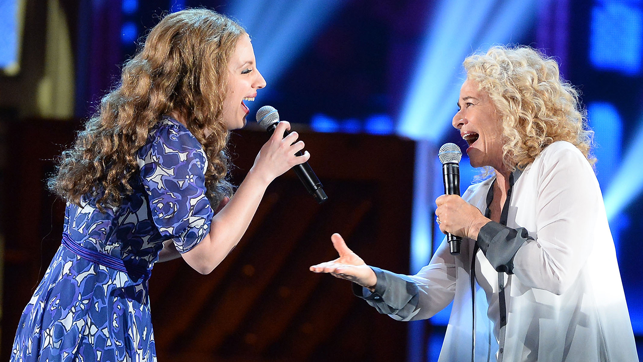 Jessie Mueller Recalls Tony Awards Performance with Carole King: 'She is Such a Generous Soul'