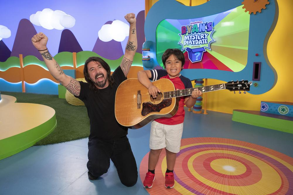 RYAN'S MYSTERY PLAYDATE, Monday, August 5th, 2019 With Guest star Dave Grohl.