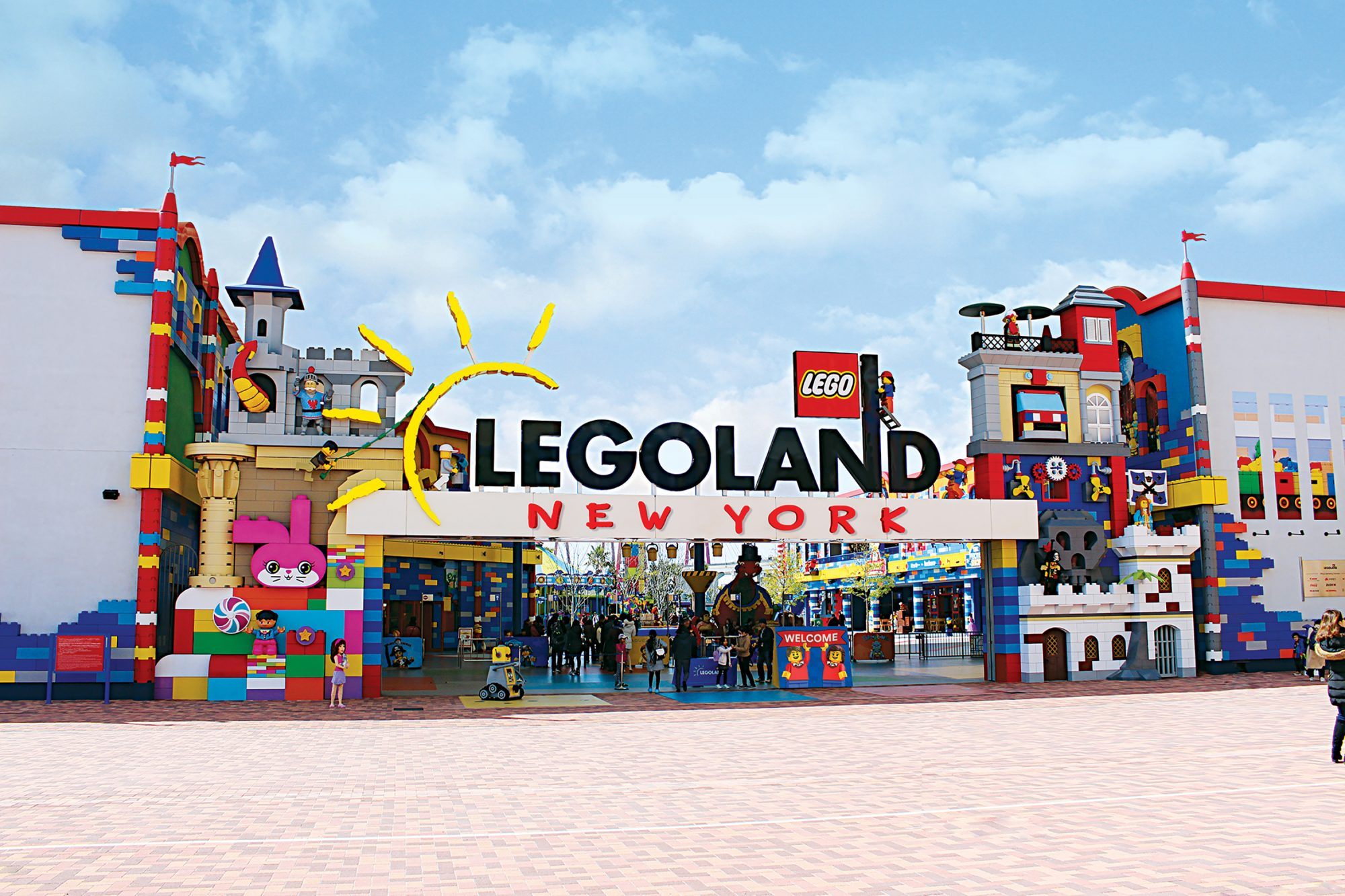 LEGOLAND New York Entrance Arch